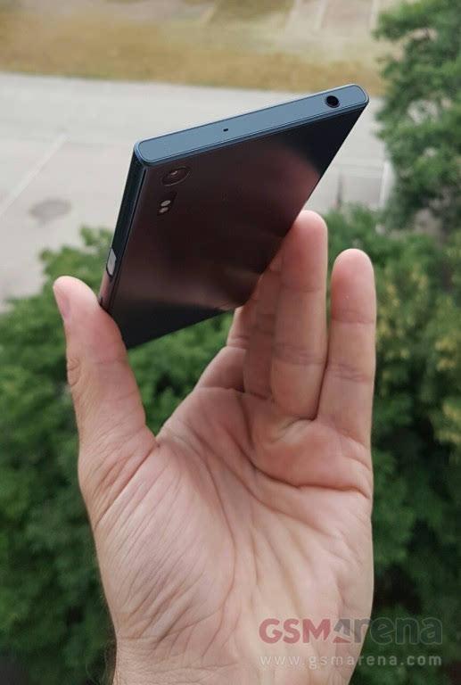 这设计配置?索尼旗舰机型真机曝光的照片 - 4