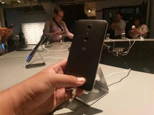 中兴发布Zmax Pro:6寸1080P、32G、指纹的照片 - 17