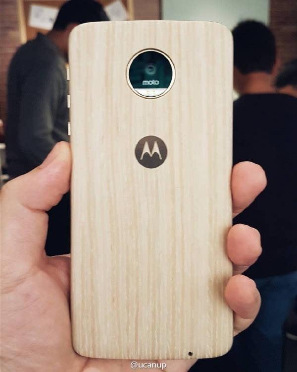 联想旗舰Moto Z国行首亮相:搭载One UI新系统的照片 - 5