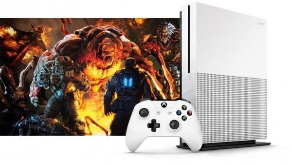 微软下调Xbox One售价至249美元 迎接One S上市的照片