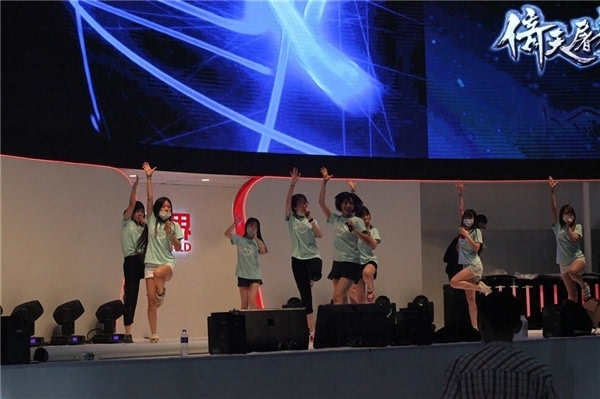 """史上最严""ChinaJoy:ShowGirl们都这么穿的照片 - 11"