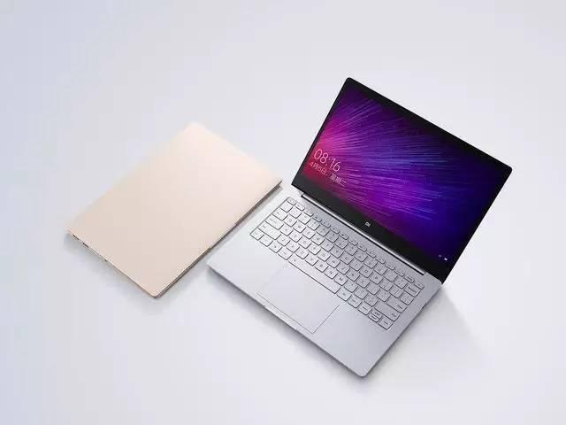 小米发布了两款笔记本 却火了苹果的贴纸的照片 - 1