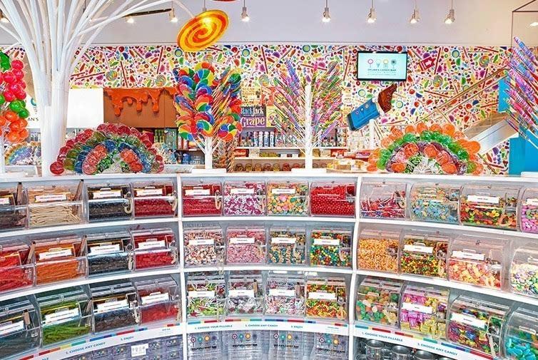 亚洲団地妻_com/ 「全亚洲最大的糖果屋」 新加坡 candylicious