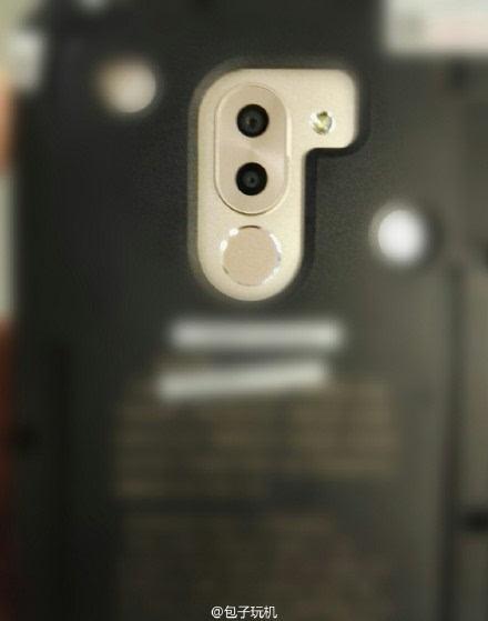 华为Mate 9真机曝光 首发麒麟960+双摄像头的照片 - 1