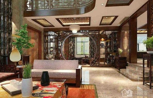 客廳和餐廳的隔斷,利用博古架和拱形門的
