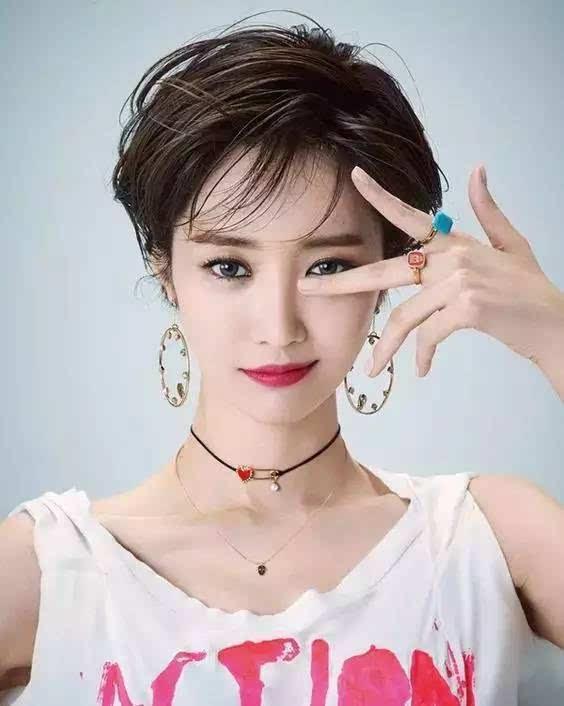 韩国明星中短发发型_韩国女星短发图片图片