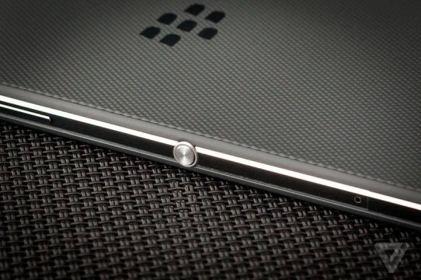 黑莓DTEK50评测:外媒The Verge给出6.7分的照片 - 3