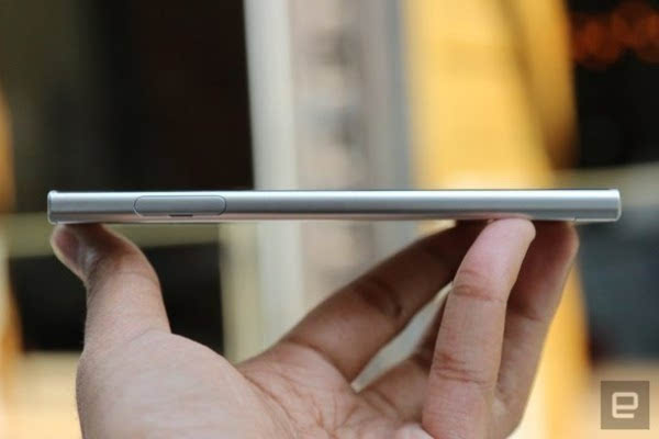 索尼正式发布Xperia XZ智能手机的照片 - 9