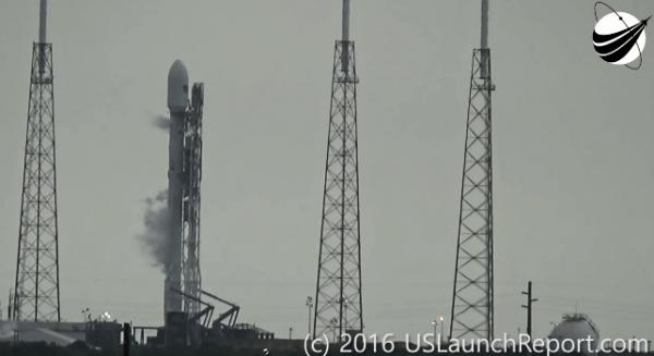 """SpaceX""""猎鹰9号""""爆炸完整视频公布的照片 - 1"""