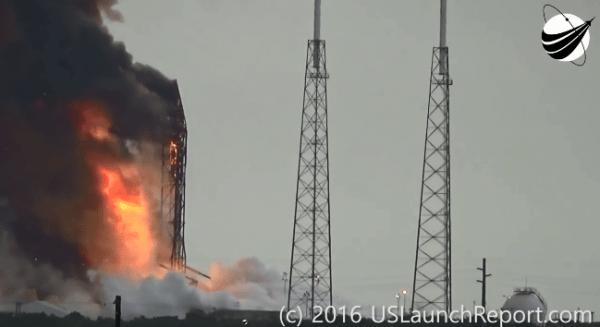 """SpaceX""""猎鹰9号""""爆炸完整视频公布的照片 - 10"""