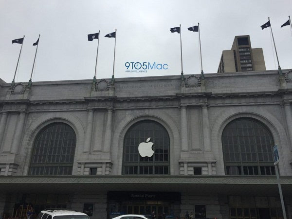 iPhone 7发布会现场开始装饰 有什么启示?的照片 - 1