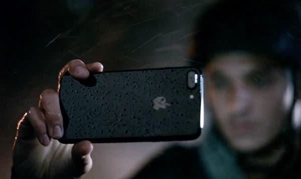 苹果iPhone 7、Apple Watch S2新电视广告开播的照片