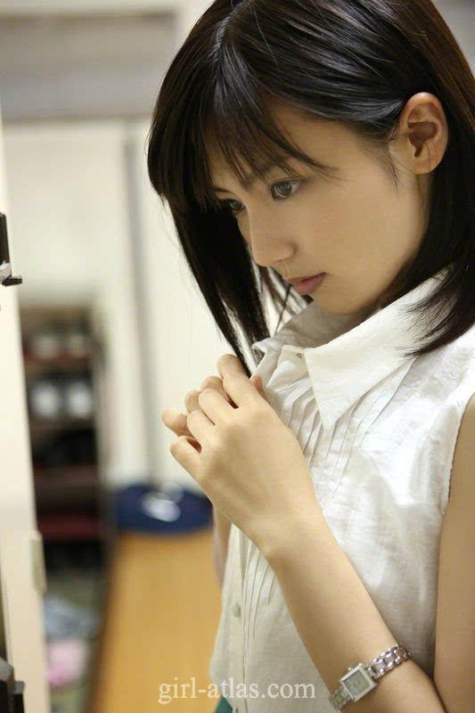 日本大片哪有_日本嫩模纯白大片 清纯如邻家妹妹