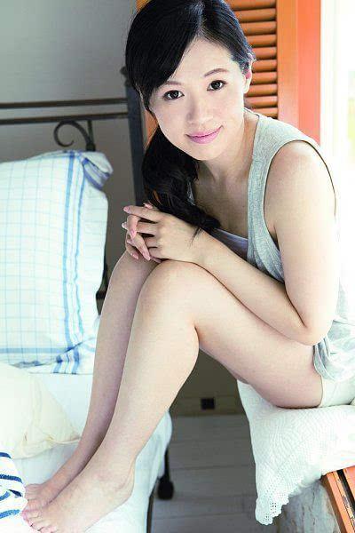大干美女逼逼_风骚逼人 见识下日本国会第一大美女艳姿