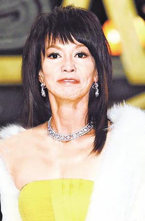 谢芷蕙素颜_港星逆天容颜:黄夏蕙素颜吓坏贼 艳星邵音音面不详