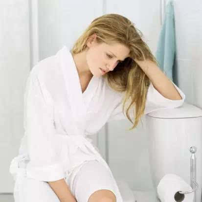 女人蹲厕解手正面图_女生在卫生间下蹲图 -微博生活网